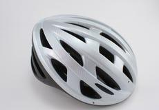 Monte en bicicleta el casco Fotografía de archivo libre de regalías