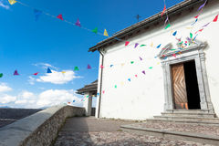 Monte Lussari寺庙  免版税库存图片