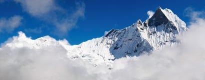 Monte Machhapuchhre em Nepal fotos de stock