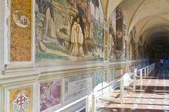 Monte Oliveto Abbey i Tuscany Fotografering för Bildbyråer