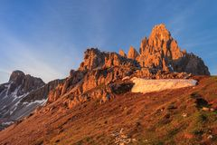 Monte Paterno (Paternkofel) Royalty Free Stock Photography