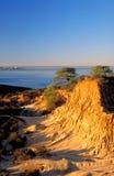Monte quebrado no nascer do sol, tiro vertical da tampa Imagens de Stock Royalty Free