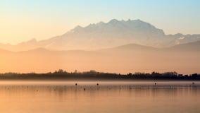 Monte Rosa al tramonto con i colori pastelli Fotografia Stock