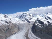 Monte Rosa massiv i alpin bergskedja som ses från Gornergrat i Schweiz Royaltyfri Fotografi