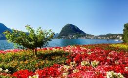 Monte San Salvatore gesehen vom Park Stockbilder