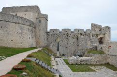 Monte Sant ' Angelo Castle - borggård Arkivfoton
