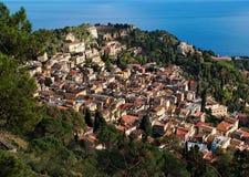 monte Sicily taormina tauro miasteczka widok fotografia stock