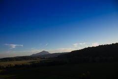 Monte Soratte vu de Magliano Sabina Images libres de droits
