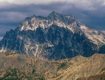 Monte Stuart da cimeira da montanha de Koppen, floresta nacional de Okanogan-Wenatchee, escala da cascata, Washington Imagem de Stock