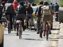 Monte uma bicicleta Fotografia de Stock Royalty Free