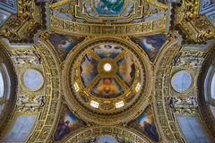 Montecassino, ITALIA - 1 de junio de 2016: Interior de la abadía en Montecassino, Italia Foto de archivo
