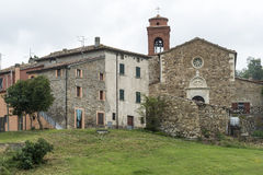 Montefeltro (Marches, Italie) : village Images libres de droits