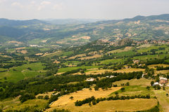 Montefeltro (marzo), paesaggio ad estate Fotografia Stock Libera da Diritti