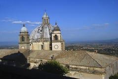 Montefiascone et Bolsenasee  Photos libres de droits
