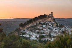 在日落的Montefrio,格拉纳达省,西班牙 库存图片