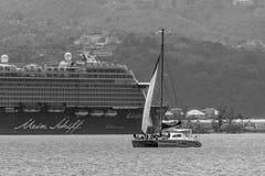 Montego Bay Jamaica - mars 19 2018: Det Mein Schiff kryssningskeppet anslöt i Montego Bay, Jamaica arkivbild