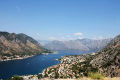 Montenegro Baai van Kotor van een hoogte Stock Foto's