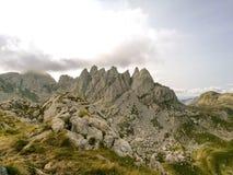 Montenegro berg i den Dumitor nationalparken Fotografering för Bildbyråer
