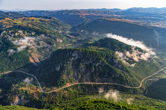 Montenegro bergwegen - antenne stock foto