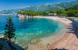 Montenegro-Bucht mit Sandstrand Stockfotos
