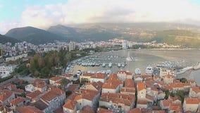 Montenegro, Budva, alte Stadt, Meer, Hubschrauberansicht stock footage