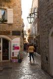 Montenegro. Calle en Perast Foto de archivo