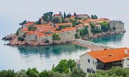 Montenegro, Eiland Heilige Stephen, Budva, Adriatische overzees Stock Foto