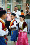 Montenegro, Herceg Novi - 28/05/2016: Dzieci w krajowych kostiumach Montenegro folklor grupa Igalo Obrazy Stock