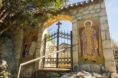 montenegro Het meer van Skadar Het is het kleine klooster van F op het eiland Daar ` s slechts één monnik en beginner Royalty-vrije Stock Foto's