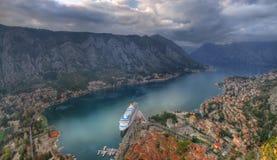Montenegro, Kotor-baai, Kotor - oude stad, panorama stock foto