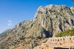 Montenegro, Kotor, stary miasteczko, antyczny forteca Zdjęcia Royalty Free