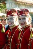 Montenegro Kumbor - 02/06/2016: Flickorna från laget av majorettes Herceg Novi Arkivbild
