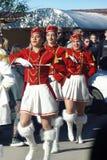 Montenegro, Kumbor - 02/06/2016: Majorettes Herceg Novi do discurso Imagens de Stock