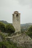 montenegro La città di vecchio Antivari Orologio solo della torre Immagini Stock