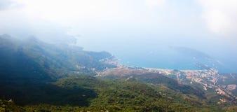 Montenegro, Rafailovici vista na praia do mar Fotografia de Stock