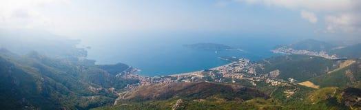 Montenegro, Rafailovici vista na praia do mar Imagens de Stock