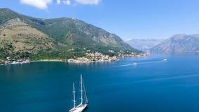 Montenegro, tiroteo del aire de la bahía almacen de metraje de vídeo