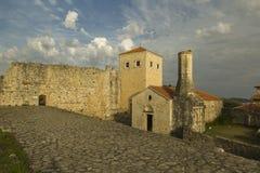 montenegro Ulcinj Oude Stad De ruïnes van de Orthodoxe Kerk en de moskee Royalty-vrije Stock Afbeeldingen