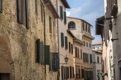 Montepulciano, Σιένα, Ιταλία: ιστορικά κτήρια στοκ φωτογραφία με δικαίωμα ελεύθερης χρήσης