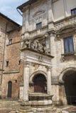 Montepulciano, Σιένα, Ιταλία: ιστορικά κτήρια Στοκ Φωτογραφία