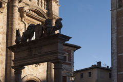 MONTEPULCIANO - TUSCANY/ITALY, LE 29 OCTOBRE 2016 : Vieille et médiévale ville de Montepulciano en Toscane, Valdichiana Photos libres de droits
