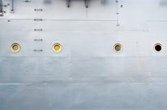 Monter à bord du vieux croiseur blindé photos stock