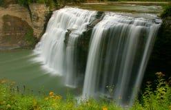Monter en cascade de cascade à écriture ligne par ligne images stock