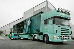 monterad lastbil för gaffeltruck moffett Royaltyfri Bild