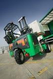 monterad lastbil för gaffeltruck moffett Arkivfoton