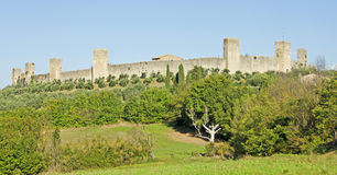Monteriggioni i Italien Royaltyfria Bilder