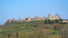 Monteriggioni, Siena, Italia Paesaggio aereo del fuco del villaggio medievale meraviglioso La Toscana, Italia immagini stock libere da diritti