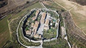 Monteriggioni, Siena, Italien Brummenluftgesamtlänge des wunderbaren mittelalterlichen Dorfs Toskana, Italien stock video