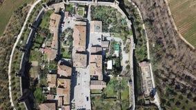 Monteriggioni, Siena, Italien Brummenluftgesamtlänge des wunderbaren mittelalterlichen Dorfs Toskana, Italien stock footage