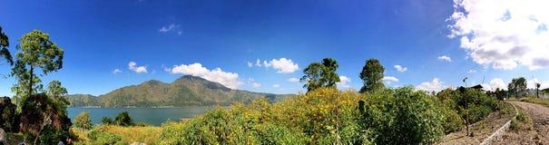 Montering Batur i Indonesien Arkivfoto